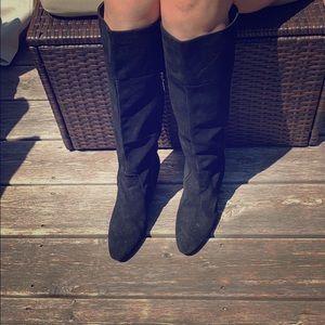 Calvin Klein suede boots with kitten heals.size 9m